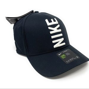 Nike Golf Hat Koepka Classic 99 Aerobill Adj.